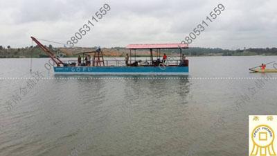 庆祝科特迪瓦简易抽沙船下水交付