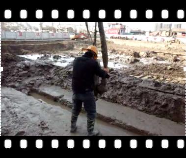 [江苏]4寸潜水泥沙泵地下连续墙施工视频
