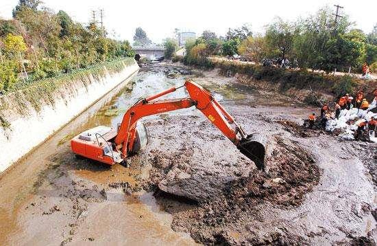 河道排干清淤工艺简介